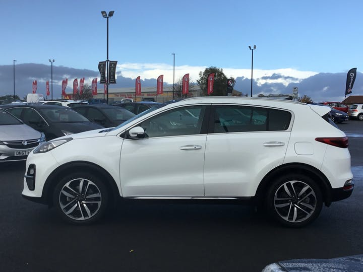 Kia Sportage 1.6 CRDi 4 SUV 5dr Diesel Manual (s/s) (134 Bhp) | AO68GHF | Photo 12