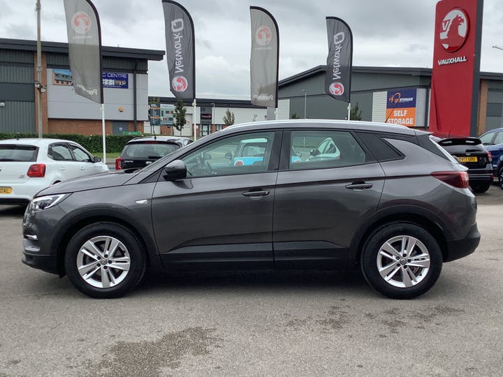Vauxhall Grandland X 1.5 Turbo D Blueinjection SE SUV 5dr Diesel Manual (s/s) (130 Ps)   DS69WHX   Photo 12