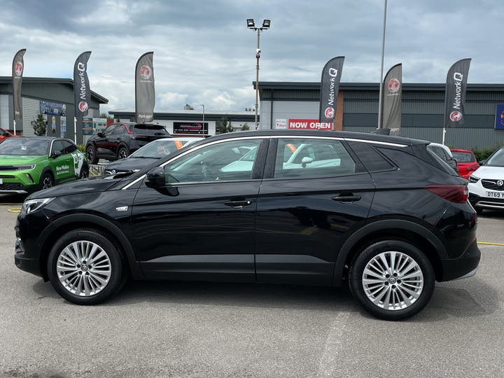 Vauxhall Grandland X 1.5 Turbo D Blueinjection Sport Nav SUV 5dr Diesel Manual (s/s) (130 Ps) | DY19DHO | Photo 12
