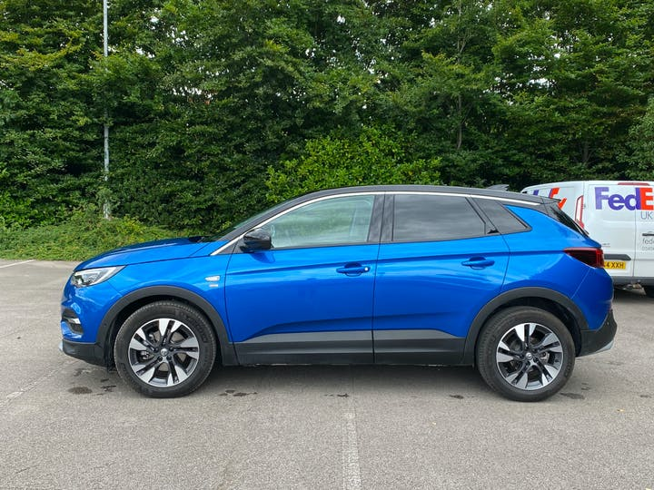 Vauxhall Grandland X 1.5 Turbo D Griffin 5dr | FV20LYY | Photo 12