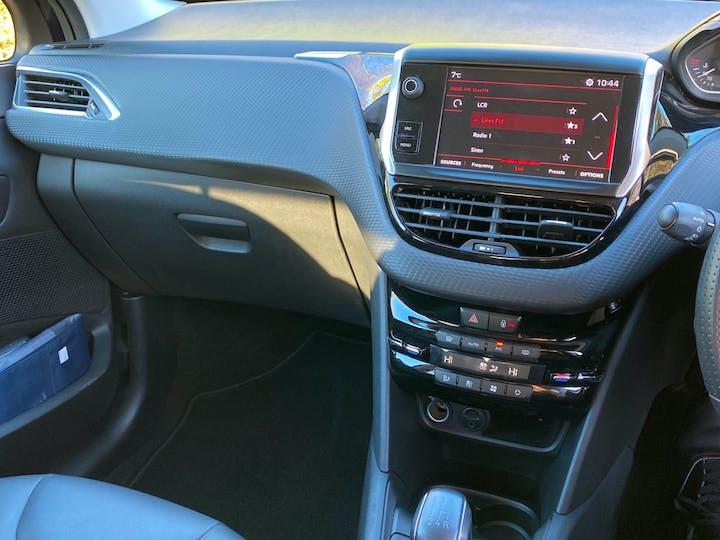Peugeot 208 1.2 Puretech GT Line Hatchback 5dr Petrol (s/s) (110 Ps) | FX18VKE | Photo 12