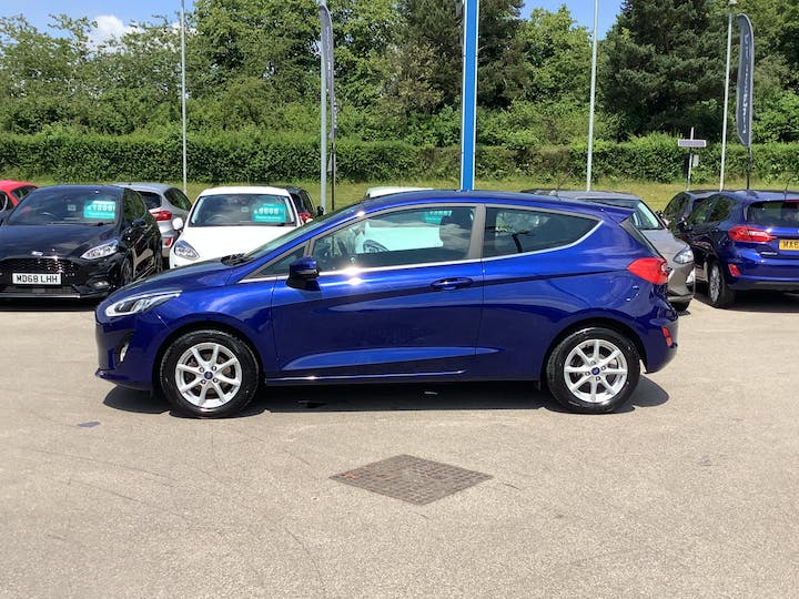 Ford Fiesta 1.1 Ti Vct Zetec Hatchback 3dr Petrol Manual (s/s) (85 Ps)   MA18WCV   Photo 12