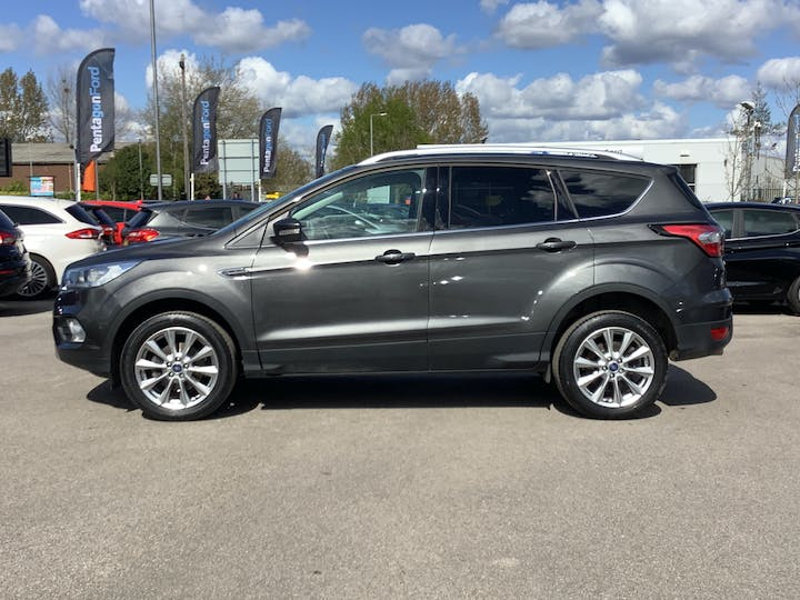 Ford Kuga 1.5 TDCi Ecoblue Titanium Edition SUV 5dr Diesel Manual (s/s) (120 Ps) | MH19SZC | Photo 12