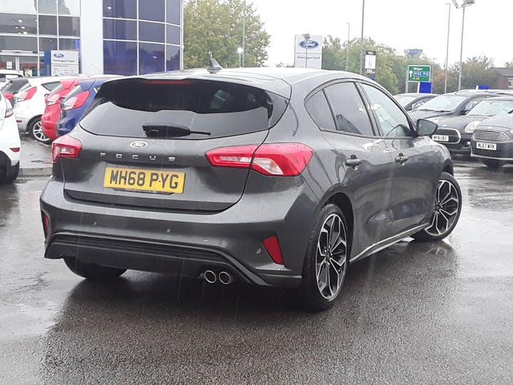 Ford Focus 1.0 Ecoboost 125PS ST-line X 5dr   MH68PYG   Photo 12
