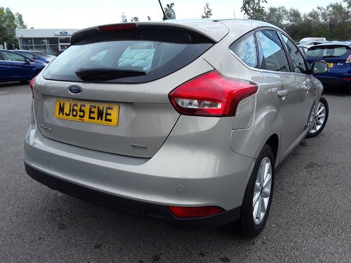 Ford Focus 1.0 Ecoboost Titanium 5dr | MJ65EWE | Photo 12