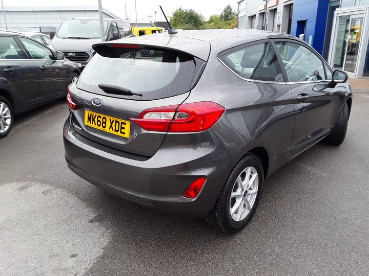 Ford Fiesta 1.1 Zetec Navigation 3dr | MK68XDE | Photo 12