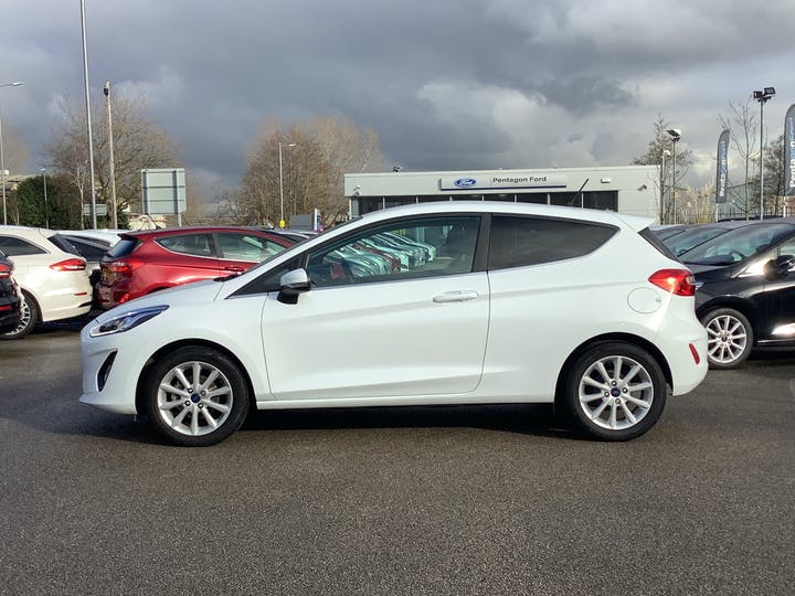 Ford Fiesta 1.0t Ecoboost Titanium Hatchback 3dr Petrol Manual (s/s) (100 Ps)   MM18VFA   Photo 12