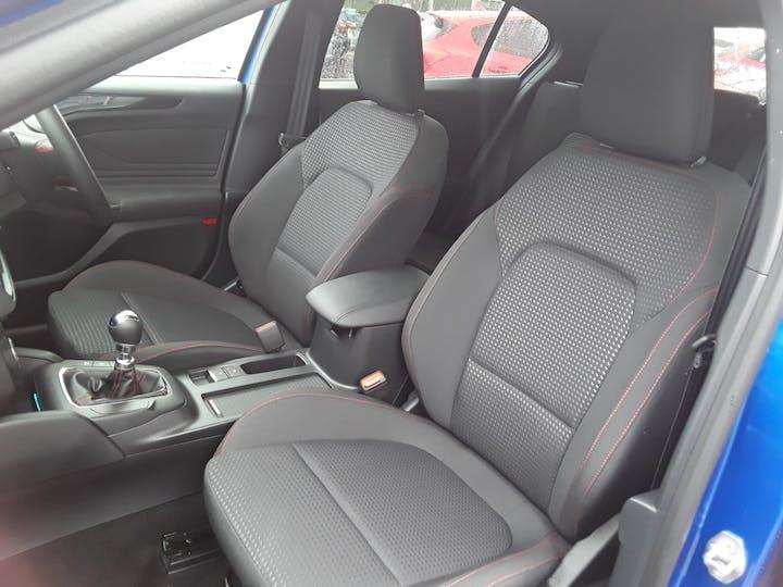 Ford Focus 1.0t Ecoboost St Line Hatchback 5dr Petrol Manual (s/s) (125 Ps)   MM69UHT   Photo 12