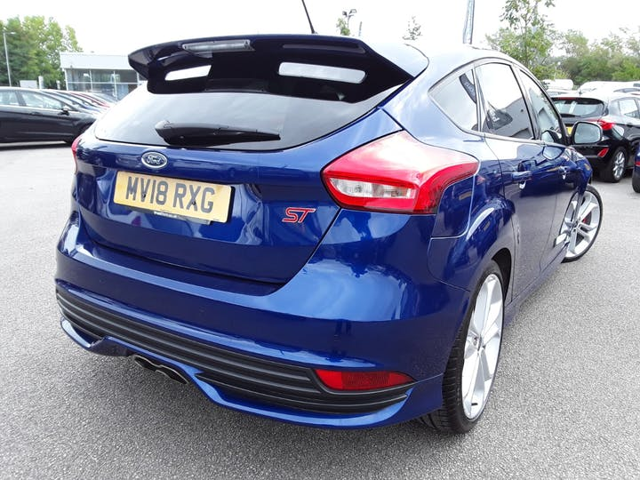 Ford Focus 2.0 TDCi 185PS ST-2 Navigation 5dr | MV18RXG | Photo 12