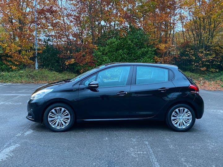 Peugeot 208 1.2 Puretech Signature Hatchback 5dr Petrol (s/s) (82 Ps) | NU68JHO | Photo 12