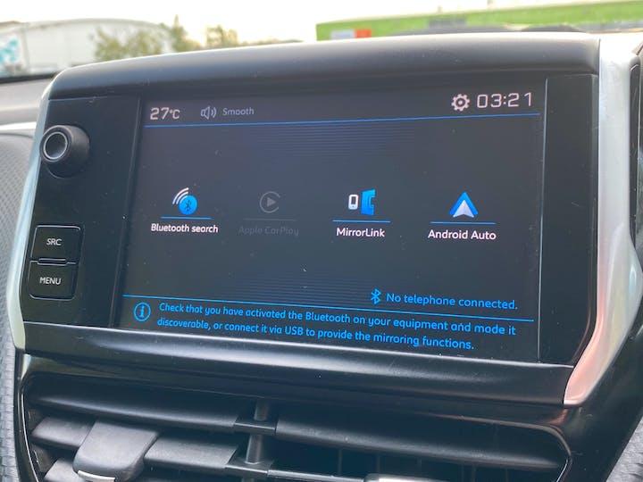 Peugeot 208 1.2 Puretech Allure Hatchback 5dr Petrol (82 Ps) | OY67ZCJ | Photo 12