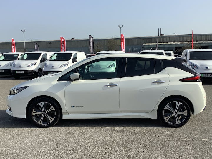 Nissan Leaf 40kwh Tekna Hatchback 5dr Electric Auto (150 Ps) | VA69EOS | Photo 12