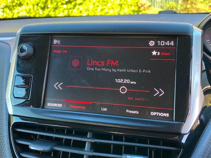 Peugeot 208 1.2 Puretech GT Line Hatchback 5dr Petrol (s/s) (110 Ps) | FX18VKE | Photo 13