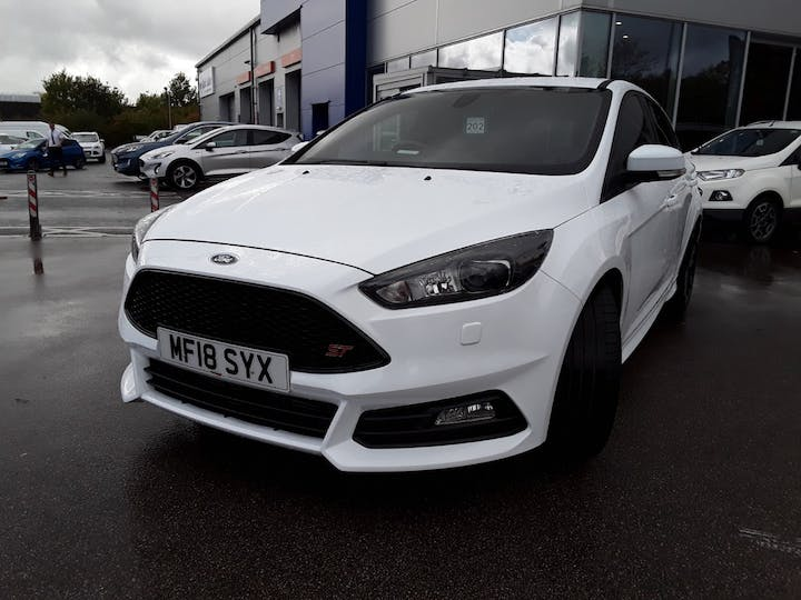 Ford Focus 2.0t Ecoboost ST-3 Navigation 5dr | MF18SYX | Photo 13