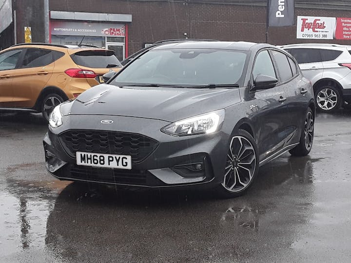 Ford Focus 1.0 Ecoboost 125PS ST-line X 5dr   MH68PYG   Photo 13
