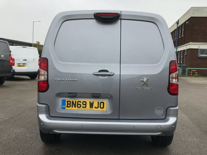 Peugeot Partner 1.6 Bluehdi 1000 Asphalt Standard Panel Van 5dr Diesel Manual SWB Eu6 (s/s) (100 Bhp) | BN69WJO | Photo 14