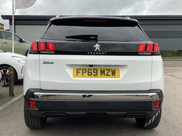 Peugeot 3008 1.5 Bluehdi Allure SUV 5dr Diesel (s/s) (130 Ps) | FP69MZW | Photo 14