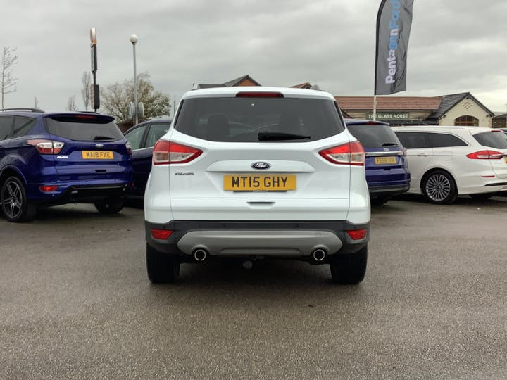 Ford Kuga 2.0 TDCi Titanium SUV 5dr Diesel Manual (122 G/km, 148 Bhp) | MT15GHY | Photo 14