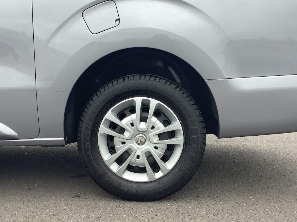 Vauxhall Vivaro Panel Van 19
