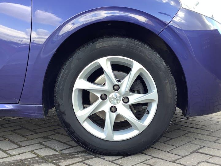 Peugeot 208 1.0 VTi Puretech Active Hatchback 5dr Petrol Manual (99 G/km, 68 Bhp)   FV64YGF   Photo 15