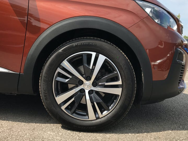 Peugeot 3008 1.2 Puretech Allure SUV 5dr Petrol Eat (s/s) (130 Ps) | MK67EUP | Photo 15