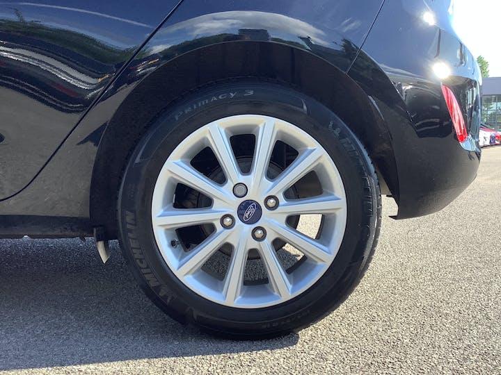 Ford Fiesta 1.0t Ecoboost Titanium Hatchback 5dr Petrol Manual (s/s) (100 Ps) | MM18VGE | Photo 15