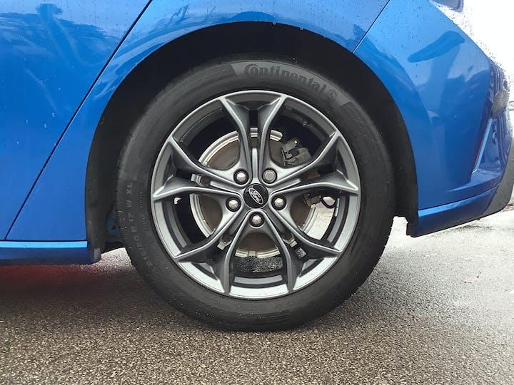Ford Focus 1.0t Ecoboost St Line Hatchback 5dr Petrol Manual (s/s) (125 Ps)   MM19UWR   Photo 15