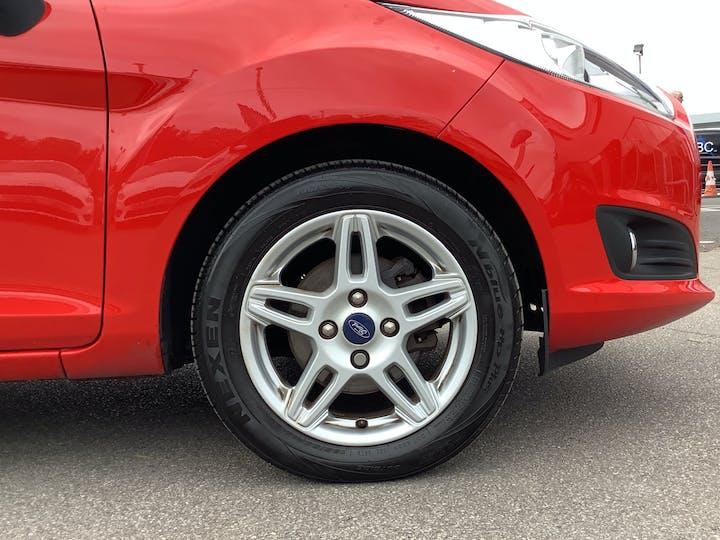 Ford Fiesta 1.25 Zetec Hatchback 5dr Petrol Manual (120 G/km, 81 Bhp)   MX63MYZ   Photo 15