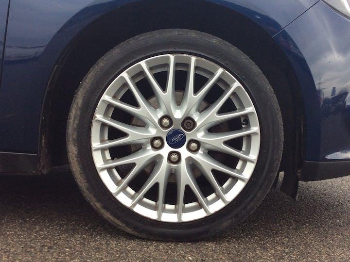 Ford Focus 1.6 Ti Vct Zetec Hatchback 5dr Petrol Manual (136 G/km, 103 Bhp) | SD11EAX | Photo 15