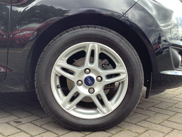 Ford Fiesta 1.0 Ecoboost Zetec 3dr Hatchback | YF63WCY | Photo 15