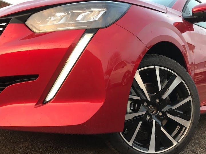 Peugeot 208 1.2 Puretech 100PS Allure Premium 5dr | 97N011727 | Photo 16