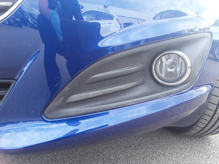 Ford Fiesta 1.5 TDCi Zetec Hatchback 5dr Diesel Manual (94 G/km, 74 Bhp) | AF65YEY | Photo 16