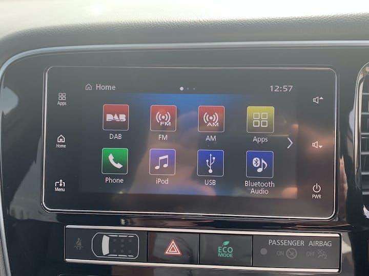 Mitsubishi Outlander 2.4h Twinmotor 13.8kwh 4h SUV 5dr Petrol Plug In Hybrid Cvt 4wd (s/s) (209 Ps) | FE68ZDK | Photo 16