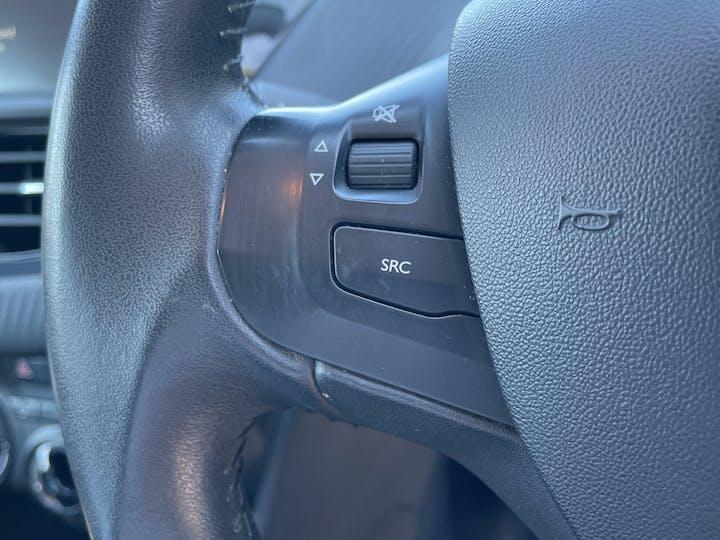 Peugeot 208 1.6 Bluehdi Active Hatchback 5dr Diesel (75 Ps)   FN66EDK   Photo 16