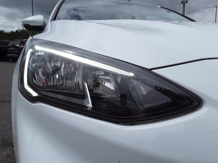 Ford Focus 1.0t Ecoboost St Line Hatchback 5dr Petrol Manual (s/s) (125 Ps) | ML19VBF | Photo 16