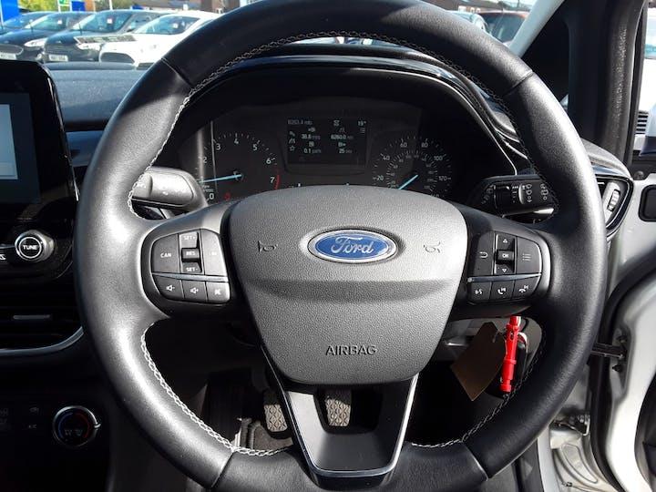 Ford Fiesta 1.0t Ecoboost Zetec Hatchback 5dr Petrol Manual (s/s) (100 Ps) | MM67VKN | Photo 16