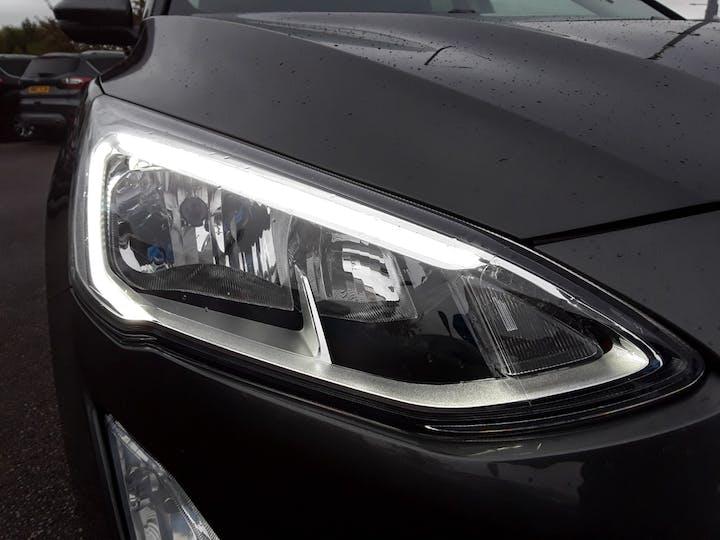Ford Focus 1.0 Ecoboost 125PS Titanium 5dr | MV68YUT | Photo 16
