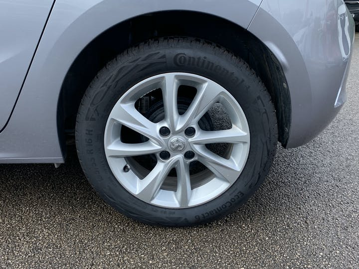 Vauxhall Corsa 1.2 SE Hatchback 5dr Petrol Manual (75 Ps) | VE69XFB | Photo 16