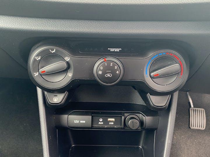 Kia Picanto 1.0 1 Hatchback 5dr Petrol Manual (s/s) (66 Bhp)   YM69WTN   Photo 16