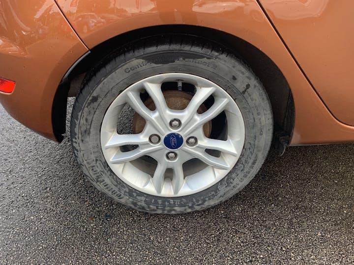 Ford Fiesta 1.0 T Ecoboost Zetec Hatchback 5dr Petrol Manual (s/s) (99 G/km, 99 Bhp)   EO65XRJ   Photo 17