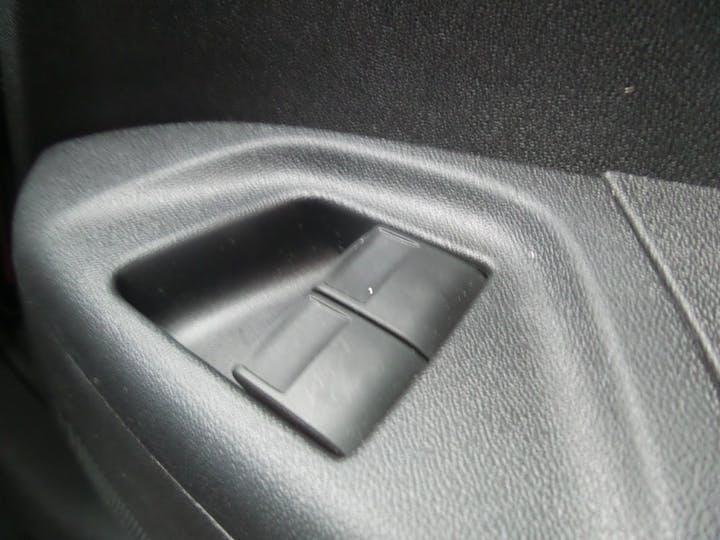Peugeot 108 Top 1.2 Puretech Roland Garros Nav 5dr   FV18CBF   Photo 17