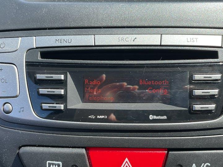 Peugeot 107 1.0 12v Allure Hatchback 3dr Petrol Manual (99 G/km, 68 Bhp) | LM12XCV | Photo 17