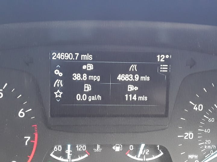 Ford Fiesta 1.1 Zetec 5dr | MD17OUG | Photo 17