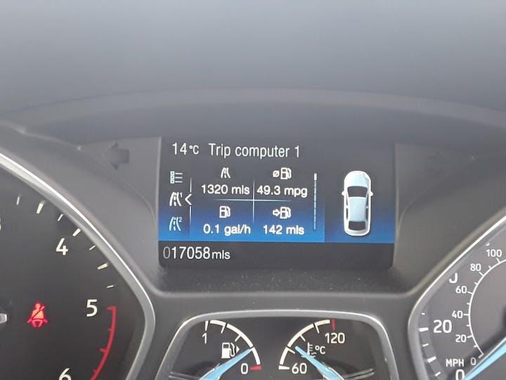 Ford Focus 1.5 TDCi St Line Hatchback 5dr Diesel (s/s) (120 Ps) | MF68OWV | Photo 17