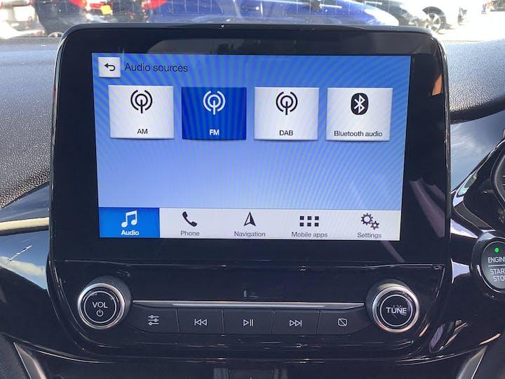 Ford Fiesta 1.0t Ecoboost Titanium Hatchback 5dr Petrol Manual (s/s) (100 Ps) | MM18VGE | Photo 17
