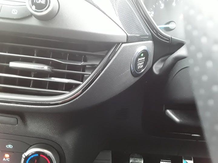 Ford Focus 1.0t Ecoboost St Line Hatchback 5dr Petrol Manual (s/s) (125 Ps)   MM69UHT   Photo 17
