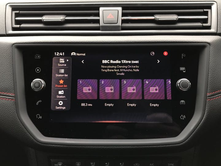 SEAT Ibiza 1.0 Tsi Fr Hatchback 5dr Petrol Manual (s/s) (110 Ps) | MT21VCK | Photo 17