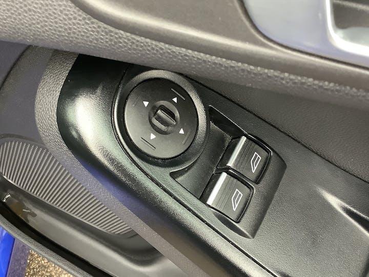 Ford Fiesta 1.0 Ecoboost Zetec S Hatchback 3dr Petrol Manual (s/s) (eu6) (99 G/km, 123 Bhp)   MW65YGX   Photo 17