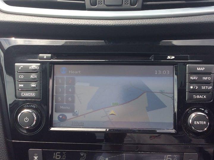 Nissan Qashqai 1.5 DCi N Connecta SUV 5dr Diesel Manual (s/s) (110 Ps)   YE67LYY   Photo 17