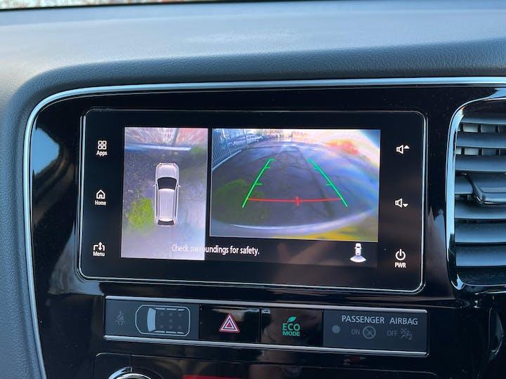 Mitsubishi Outlander 2.4h Twinmotor 13.8kwh 4h SUV 5dr Petrol Plug In Hybrid Cvt 4wd (s/s) (209 Ps) | YH19JRL | Photo 17